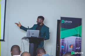 Presenting Phore Blockchain to Attendees at the Phore Blockchain Conference in Lagos